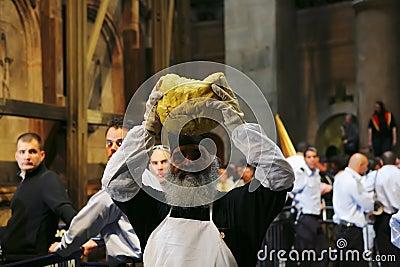 Ceremonia del milagro santo del fuego Foto editorial