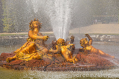 Ceres fountain spraying water in Versailles
