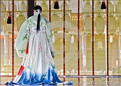 Cerimónia no santuário de Yasaka, Kyoto Imagem de Stock Editorial