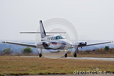 Cessna 303 Crusader Takeoff 01