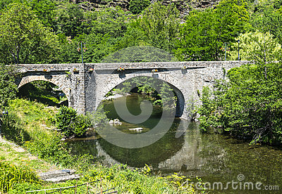 Cevennes: old bridge