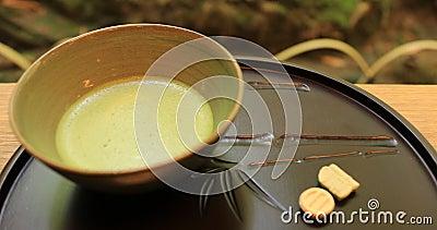 Chá verde japonês em Hokokuji em Kamakura handheld vídeos de arquivo
