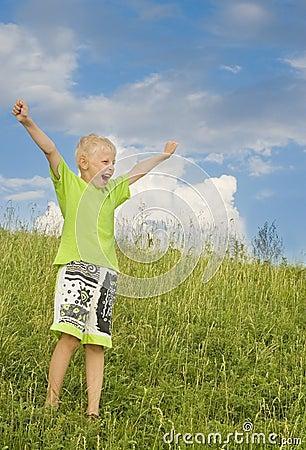 Chłopiec radosna