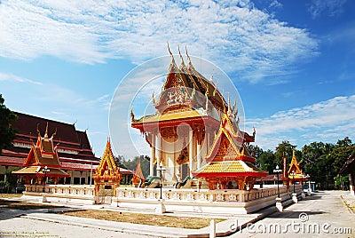 Chai Mong Kol temple