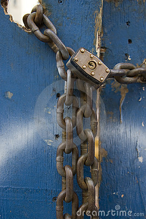 Free Chain And Padlock Royalty Free Stock Photography - 6384417