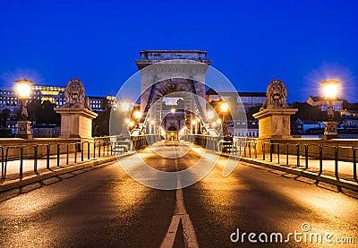 Chain Bridge or Szechenyi Lanchid in Budapest night