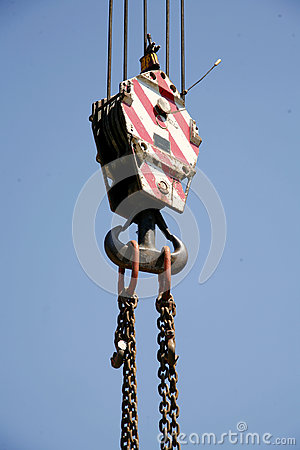 Free Chains With Crane Hook As Industrial Background Royalty Free Stock Photography - 79999057