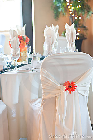 Free Chair Covering And Table Setting At Wedding Royalty Free Stock Images - 10792369