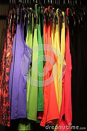 Chalecos coloreados para las mujeres
