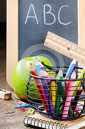 Free Chalkboard And Colorful Crayons Royalty Free Stock Images - 26261039
