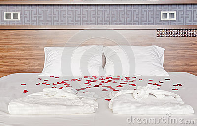 Robe de chambre romantique for Chambre couple romantique