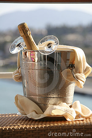 Free Champagne Royalty Free Stock Images - 3819249