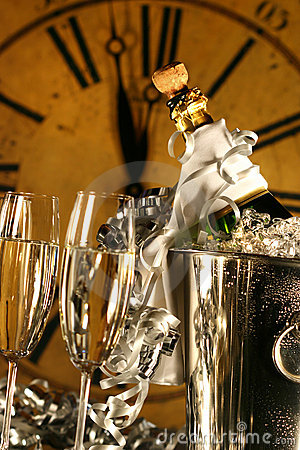 Champagne In Bucket With Glasses Royalty Free Stock Photos - Image: 7171508