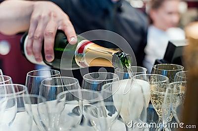 Champagne derrama