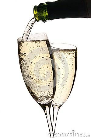 Champagne derramou dentro vidros