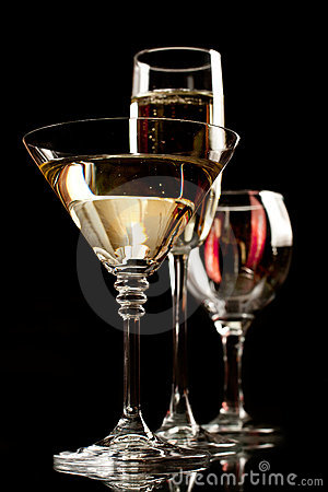 Free Champagne Wine And Martini Glasses Royalty Free Stock Images - 20032199