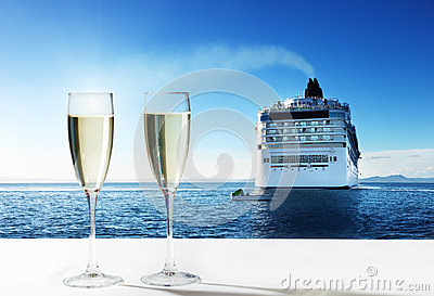 Champaign and  cruise ship