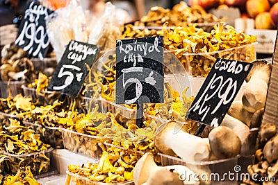 Vendre des champignons sur les marchés