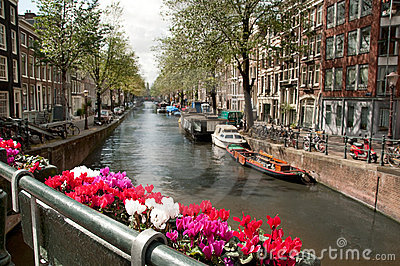 Channel in Ansterdam