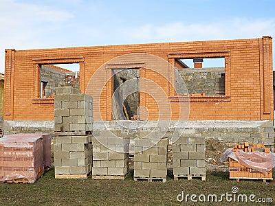 Chantier de b timent et de construction en cours la for Assurance chantier construction maison