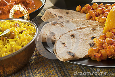 Chapatis with Channa Dhal
