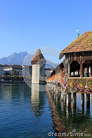 Free Chapel Bridge, Water Tower And Pilatus, Lucerne Stock Photo - 21037990