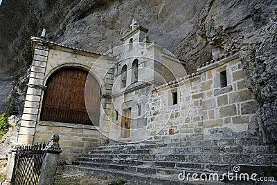 Chapel of San Tirso and San Bernab� in Ojo Guare�a, Merindades,