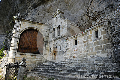 Chapel of San Tirso and San Bernab� in Ojo Guare�a, Merindades,