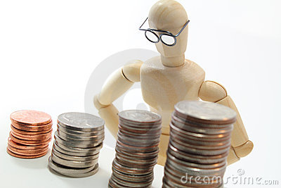 Character with glasses looking at US coins.