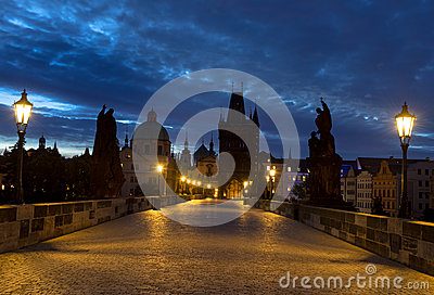 Charles Bridge i Prague