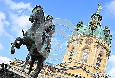 Charlottenburg, monument to Elector Friedrich III