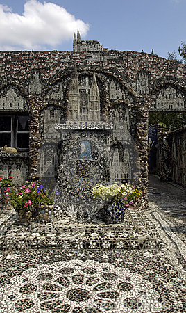Chartres, Picassiette house