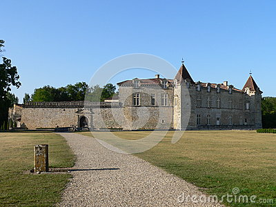 Chateau de Cazeneuve, Prechac ( France )