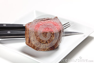 Chateaubriand steak and cutlery
