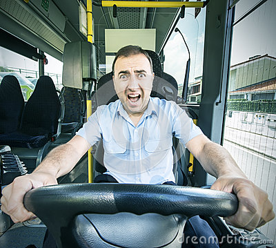 chauffeur de bus avec le visage effray. Black Bedroom Furniture Sets. Home Design Ideas