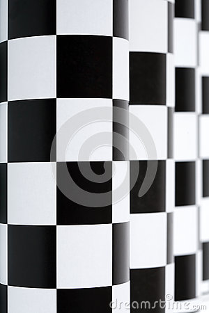 Checkered колоннада