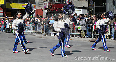 Cheer Leaders Stock Photo - Image: 18950910