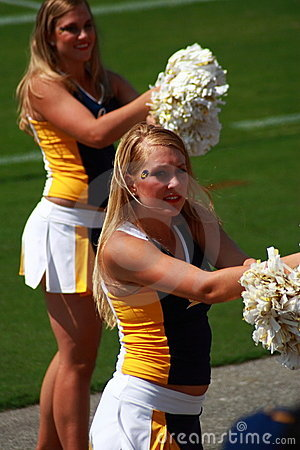 The cheer leaders in American College football Editorial Stock Image
