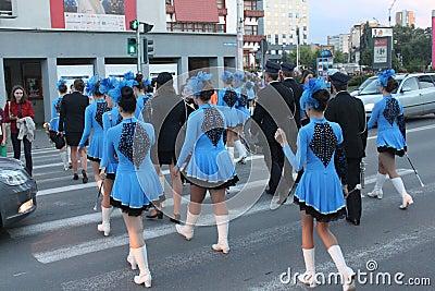Cheerleaders in blue dress