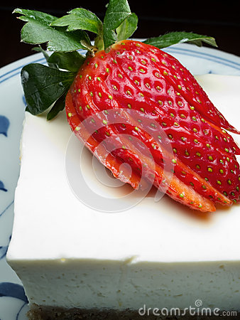 Cheese cake with strawberry