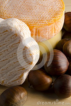 Cheese with hazelnuts