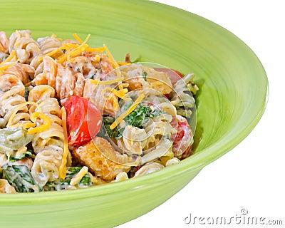 Cheesy bacon, lettuce and tomato pasta salad