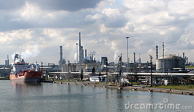 Chemical ship in a chemical plant
