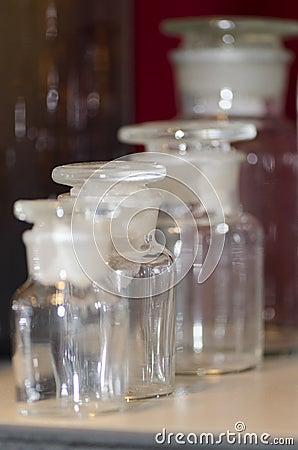 Free Chemistry Glass Vessels Stock Photo - 39228420