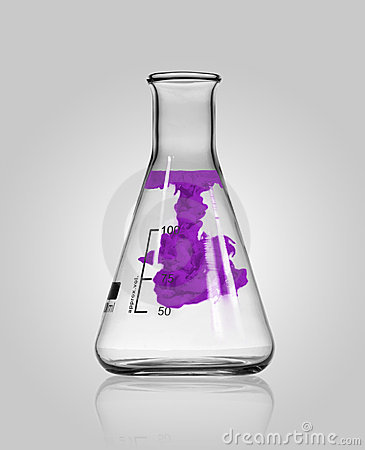 Free Chemistry Glass With Colored Substance Stock Photos - 11815053