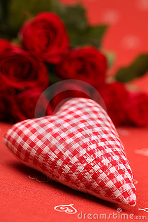 Chequered fabric heart and roses