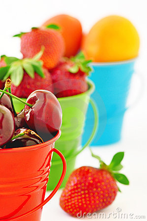 Free Cherries, Strawberries, Apricots Royalty Free Stock Image - 19829446