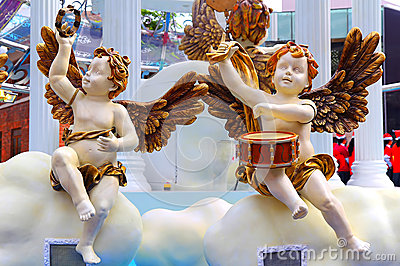 Cherubs playing musical instuments