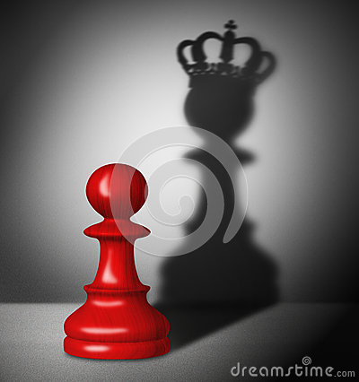 Free Chess Pawn With The Shadow Of A King Stock Photography - 36567112