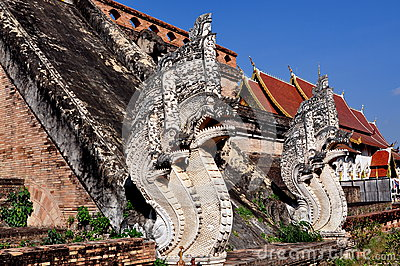 Chiang Mai TH: Two Stone Naga Dragons